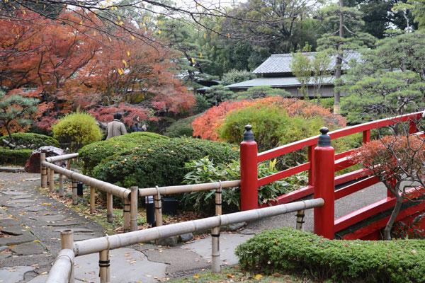 011211ニューオータニの庭